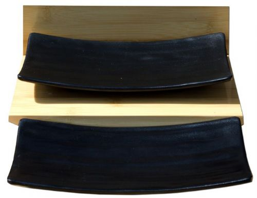 Black Gentle Curve serving plates X2 – Melamine plastic